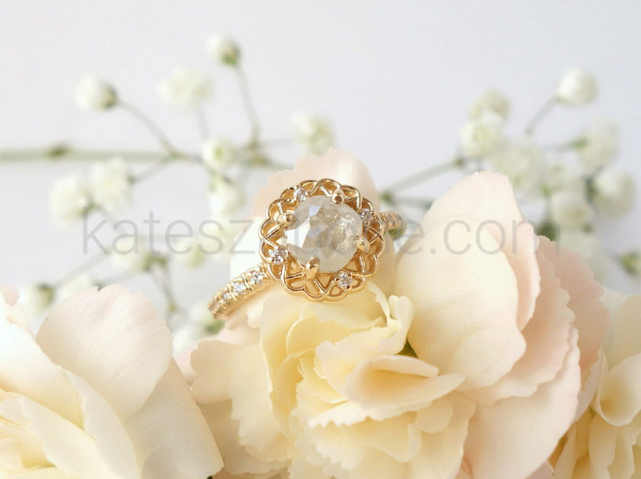 Tips for Shopping for Engagement Rings Online